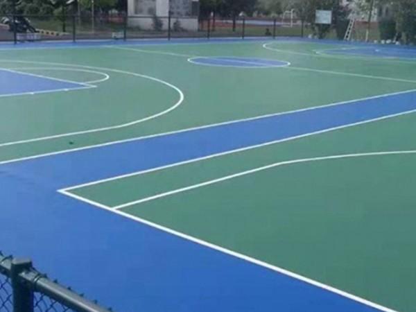 河南铺设硅PU篮球场的标准造价