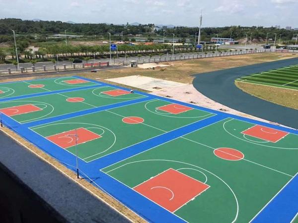 新国标硅PU球场施工