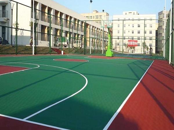 贵州铺设硅PU篮球场的标准造价