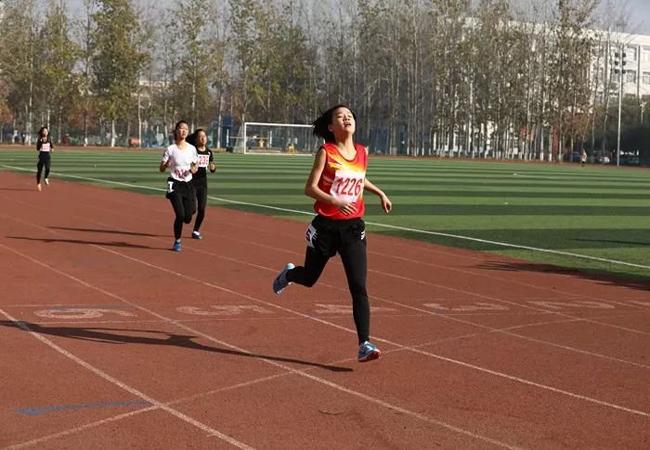 运动塑胶跑道
